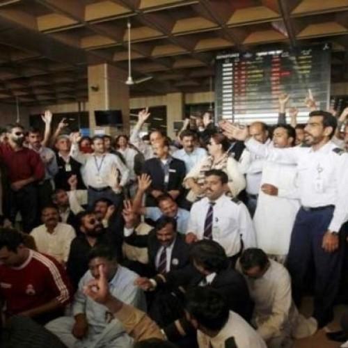 Le lezioni dello sciopero della Pakistan International Airlines (PIA)