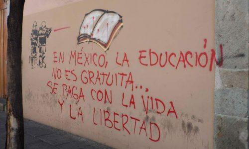 Solidarietà con gli insegnanti e gli studenti messicani!