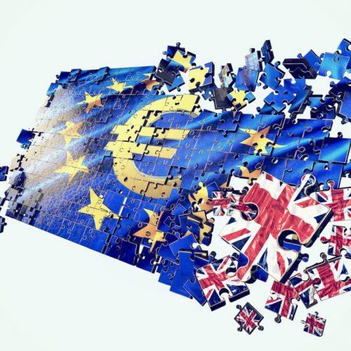 Esplode la bomba Brexit