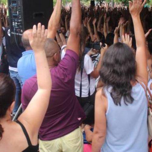 I dipendenti comunali di Florianopolis, esempio di lotta contro gli attacchi!