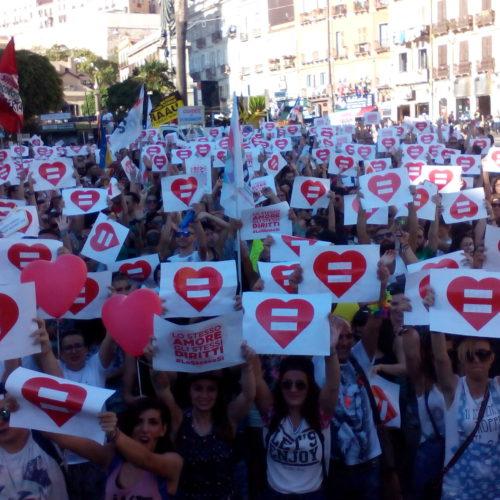 Giornata mondiale contro l'omofobia: tenetevi l'ipocrisia, noi vinceremo con la lotta!