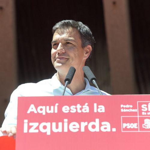 La vittoria di Pedro Sanchez – la base del Psoe svolta a sinistra e sconfigge l'apparato