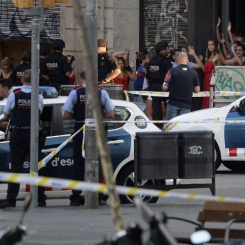 Attacco terroristico a Barcellona: l'imperialismo incoraggia il fanatismo islamista. Socialismo o barbarie!
