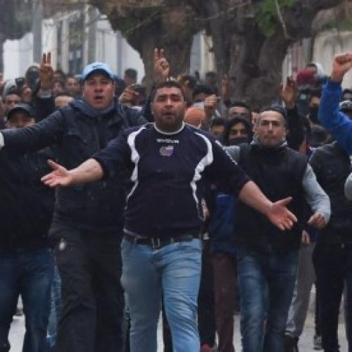 Tunisia – I giovani insorgono nuovamente contro l'austerità