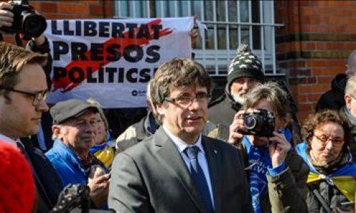 La Germania respinge l'estradizione di Puidgemont per ribellione: un colpo al regime spagnolo