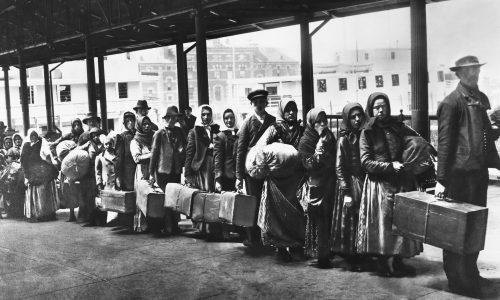 LENIN – Il capitalismo e l'immigrazione operaia