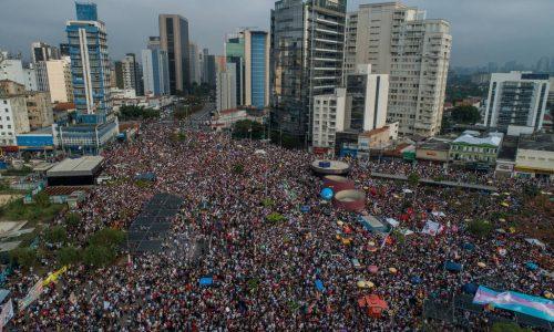Brasile – Le masse scendono in piazza contro Bolsonaro