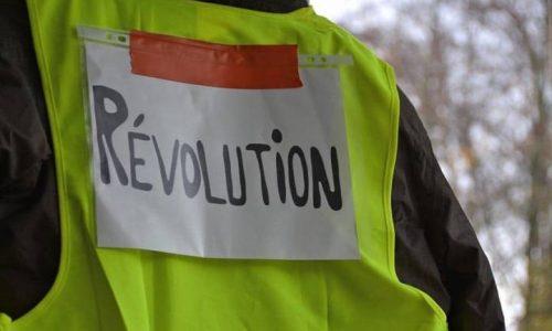 Francia: dopo cinque settimane di proteste, dove vanno i gilet gialli?