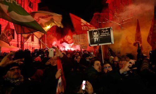 Ungheria – La lotta di classe fa tremare Orban
