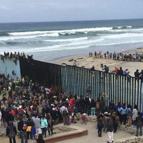 Usa – Gli interessi di classe dietro al muro di Trump