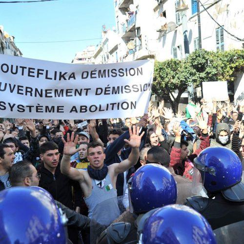 Algeria – Bouteflika se ne va, le masse restano in piazza!