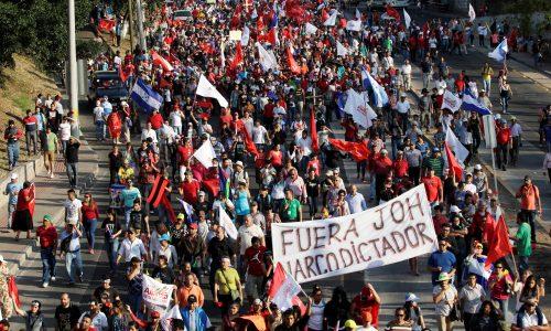 Honduras: il movimento di massa chiede le dimissioni del presidente JOH!