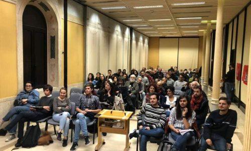Anche a Roma Alan Woods riempe la sala per l'assemblea #revolutionforfuture!
