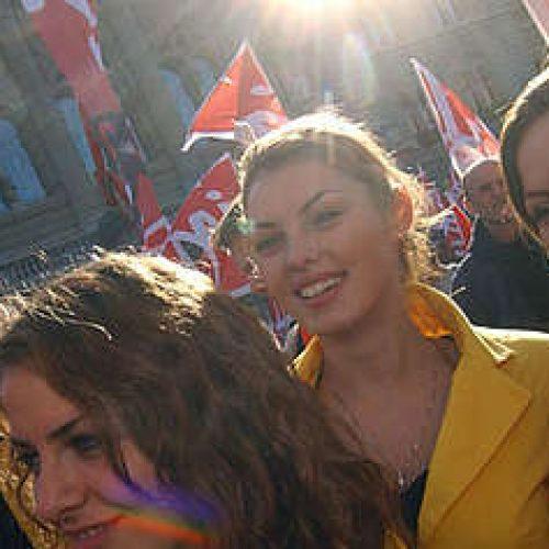 """Svizzera – La gioventù del sindacato Unia appoggia l'appello """"I lavoratori non sono carne da macello""""!"""