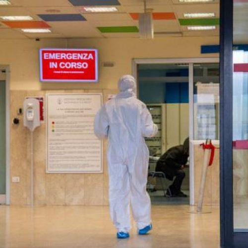 """""""Le colpe sono tutte in alto"""" – Intervista a un'operatrice sanitaria"""