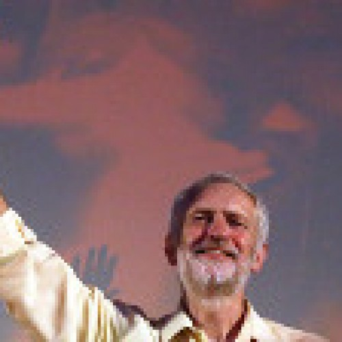 Corbyn ottiene una vittoria eccezionale! Un terremoto politico scuote l'establishment britannico