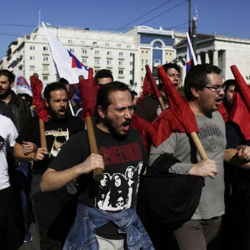 Contro il memorandum, il primo sciopero generale dell'era Tsipras