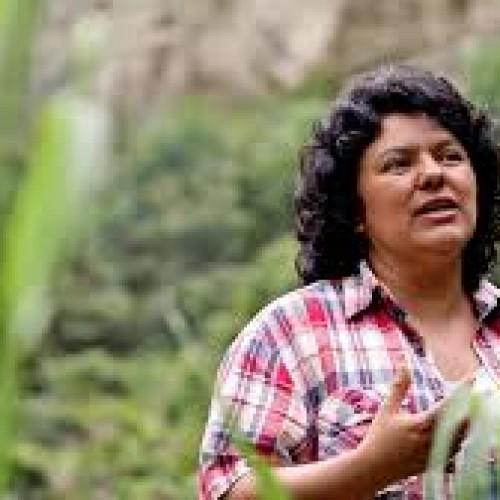 """L'assassinio di Berta Caceres e """"la sporca scienza"""" dell'imperialismo"""