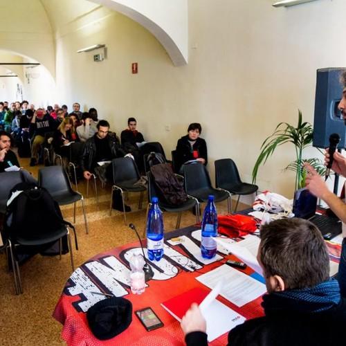 Grande successo della prima conferenza nazionale dei lavoratori di Sinistra classe rivoluzione