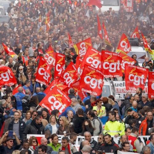 31 marzo – Lo sciopero generale blocca la Francia!