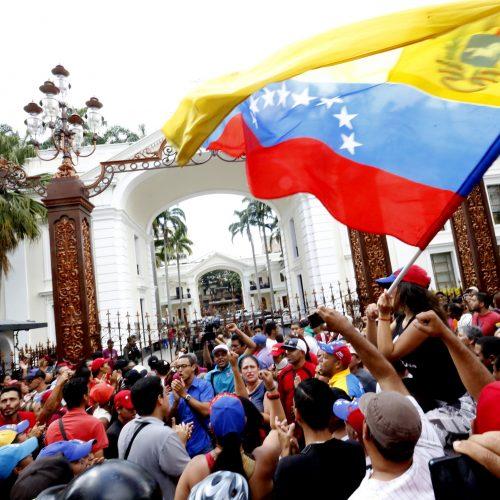 Venezuela – La sospensione del referendum revocatorio, l'acutizzazione della lotta di classe e i compiti dei rivoluzionari