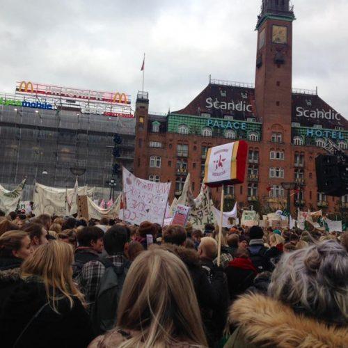 Con gli studenti danesi in lotta!