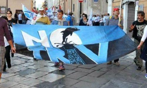 Una sfida al movimento Notriv – Dall'ambientalismo all'abbattimento del capitalismo