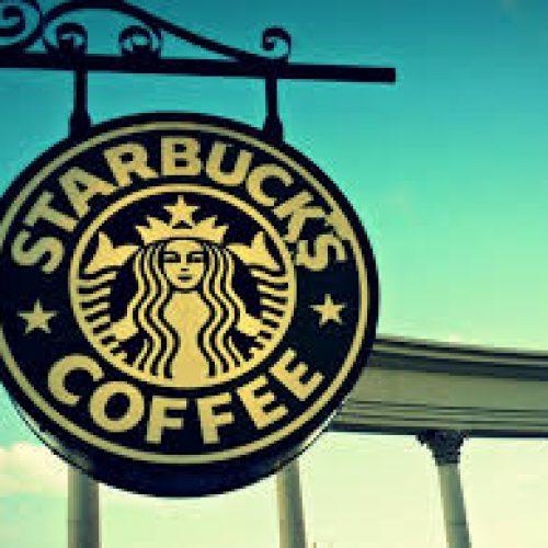 """Starbucks e l'ipocrisia della borghesia """"anti-Trump"""""""