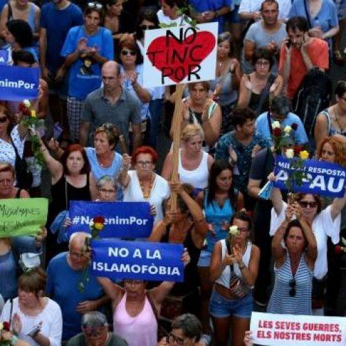 La marcia di Barcellona contro il terrorismo: uno schiaffo in faccia agli imperialisti e ai guerrafondai