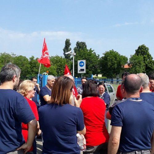 Poclain (Modena): gli operai alzano la testa!