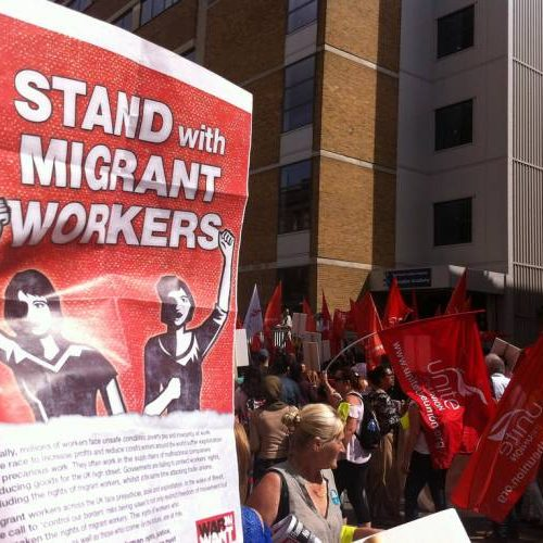 Perchè i marxisti si oppongono al controllo sull'immigrazione