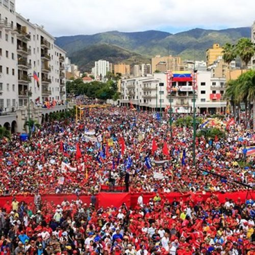 Gli Stati Uniti stringono il cappio attorno al Venezuela: il colpo di stato può vincere?