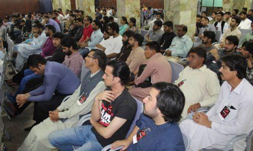 Il Pakistan sprofonda nella crisi – Le forze del marxismo si rafforzano!