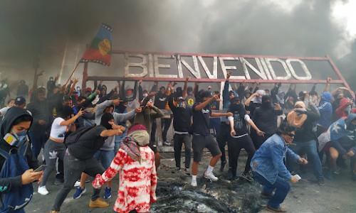 Nè la repressione, nè le false concessioni hanno fermato l'insurrezione cilena!