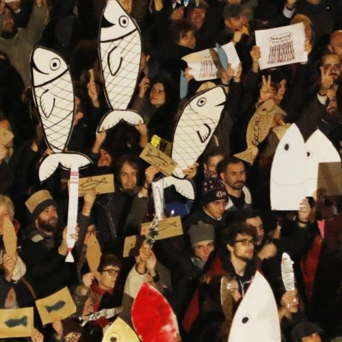 Di sardine, bandiere e lotta di classe