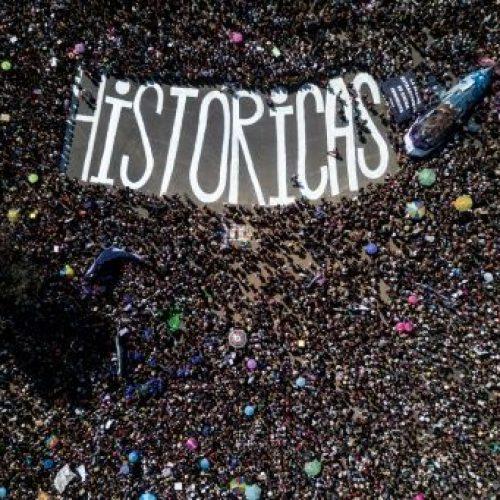 """Cile, 8 marzo – """"Facciamo la storia!"""" In milioni per le strade denunciano il terrorismo statale"""