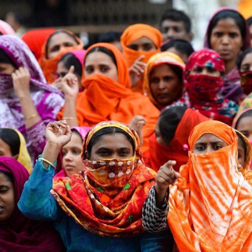 Bangladesh – I lavoratori rischiano il contagio per lottare contro lo sfruttamento!