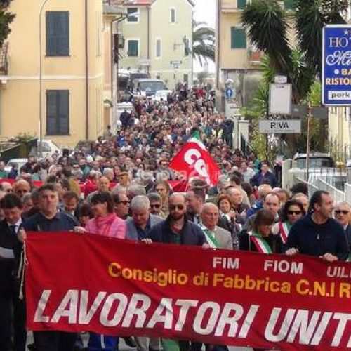 Navi militari, produzioni essenziali? Le ragioni dello sciopero Fiom a Riva Trigoso