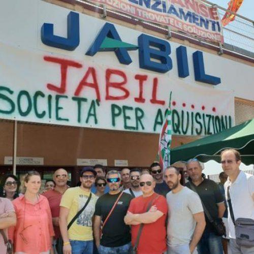 Jabil: no ai licenziamenti, no ai ricatti!