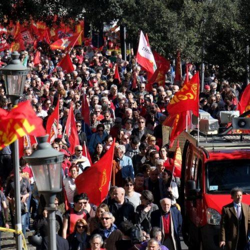Metalmeccanici: rotte le trattative. I padroni non danno un euro, è ora di lottare!