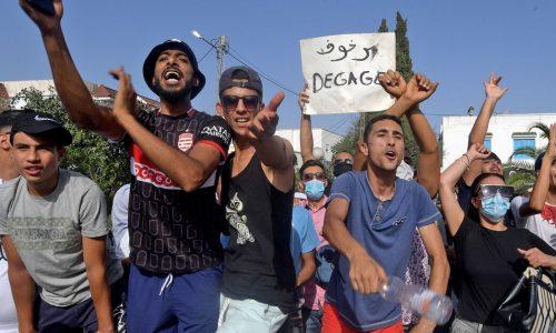 Golpe costituzionale in Tunisia: nessuna fiducia ad ogni fazione borghese